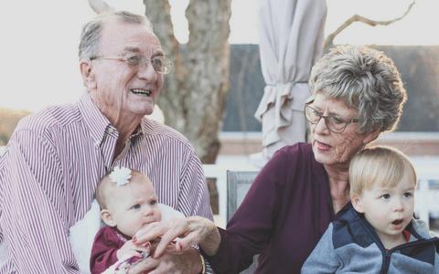 Aktywizacja zawodowa i badawcza seniorów