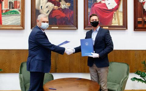 List intencyjny dotyczący współpracy mającej na celu utworzenie Katedry UNESCO podpisali Rektor US i Marszałek Województwa